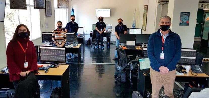 los_ingenieros_durante_uno_de_los_simulacros_de_lanzamiento_medium